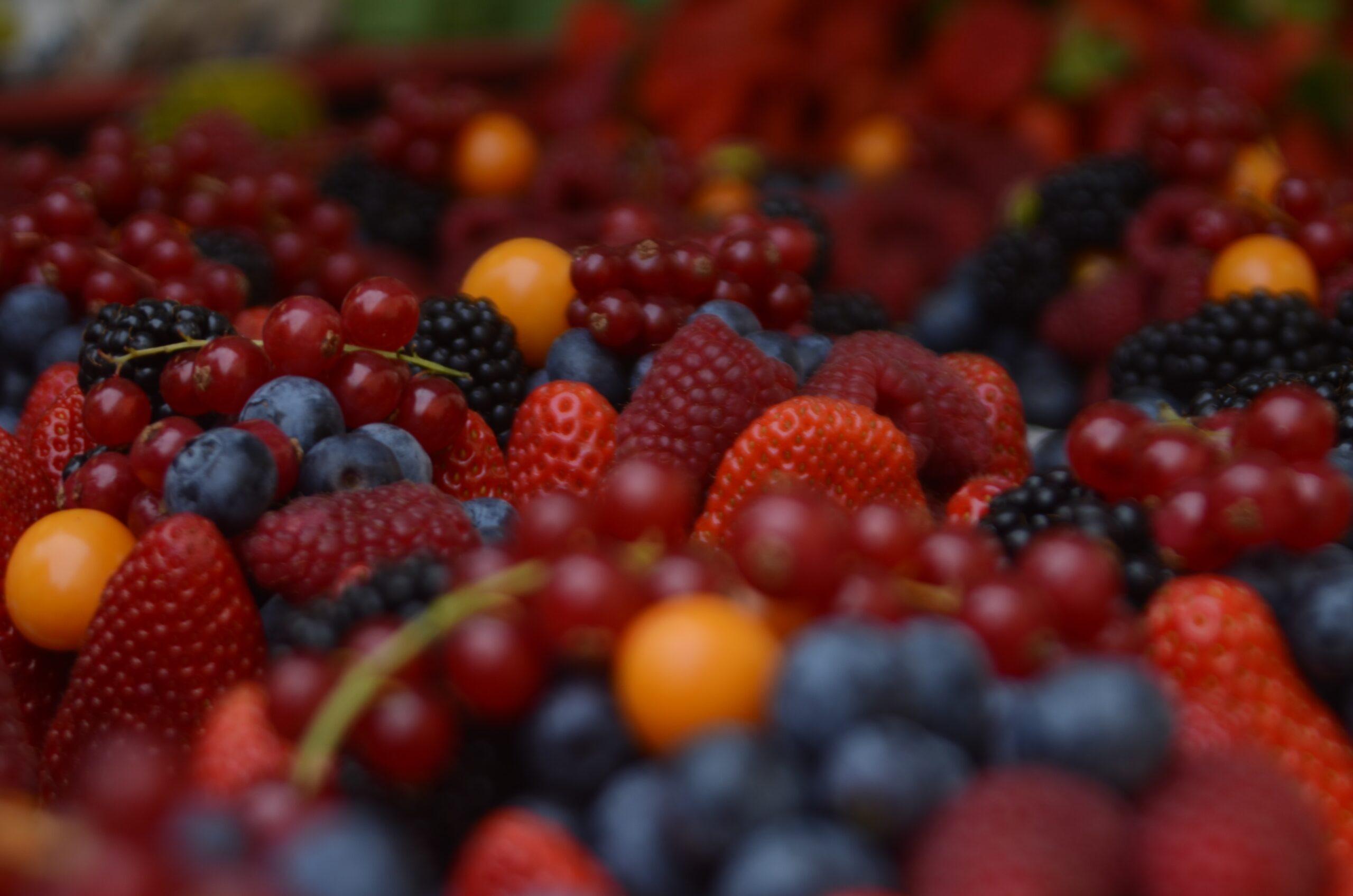 De Zuurbes is een fel-oranje bes die je lichaam van chemische stoffen ontdoet